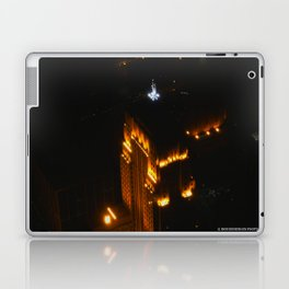 Chicago's Goddess of Grain (Chicago Architecture Collection) Laptop & iPad Skin