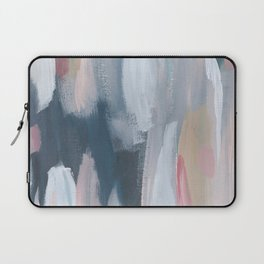 Oyster's Pearl Laptop Sleeve