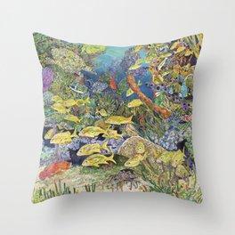 Underwater fun Throw Pillow