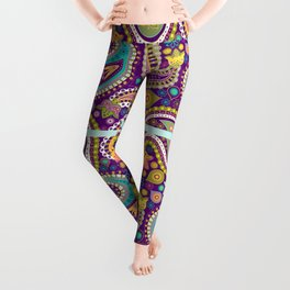 Checkered background with paisley pattern Leggings