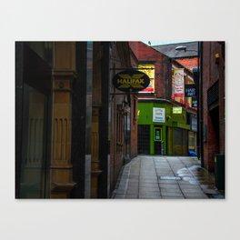 An alleyway in Leeds (UK) Canvas Print
