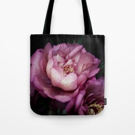 Hourly I sigh: dark pink peonies Tote Bag