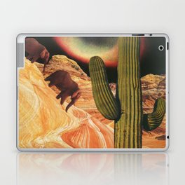 Emigrantes I Laptop & iPad Skin