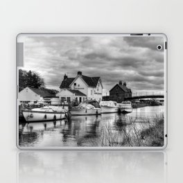 Crown and Anchor Laptop & iPad Skin