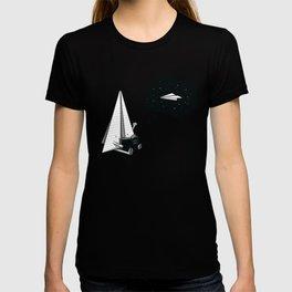 Beyond borders T-shirt