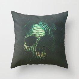 Craneo 02 Throw Pillow