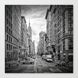 NEW YORK CITY 5th Avenue | Monochrome Canvas Print