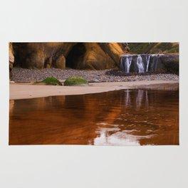 Hug point waterfall Rug