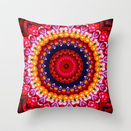 Couronne Throw Pillow