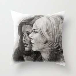 MULHOLLAND DRIVE - BETTY AND RITA Throw Pillow