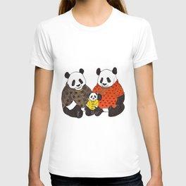 The panda family T-shirt
