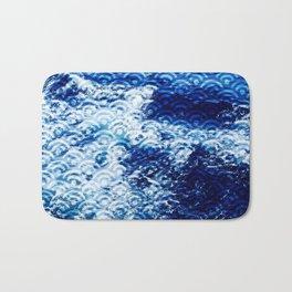 Waves of change Bath Mat