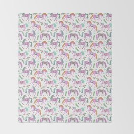 trotting unicorns Throw Blanket