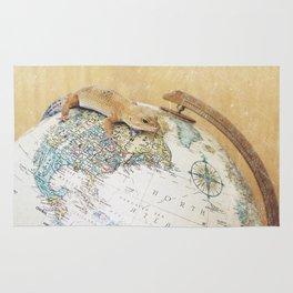 Globe-Trotting Gecko Rug
