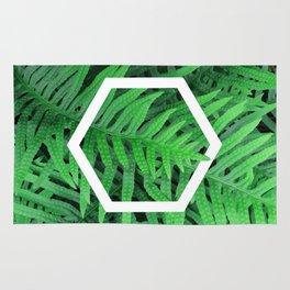 Exagon into the ferns Rug