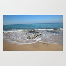 wave and blue sky Rug