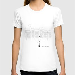 Berlin with snow T-shirt