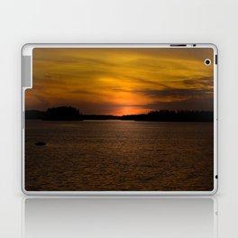 The sun goes down and night falls Laptop & iPad Skin