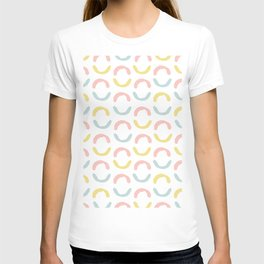 Pastel pink coral blue yellow abstract geometrical circles T-shirt