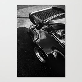 Turbo (II) Canvas Print