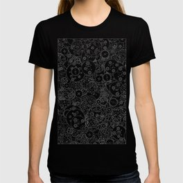 Clockwork B&W inverted / Cogs and clockwork parts lineart pattern T-shirt