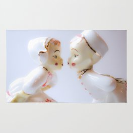 Kissing Boy and Girl- Vintage Figures Rug