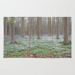 White flowerbed Rug