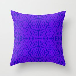 forcing colors 2 Throw Pillow