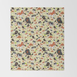 Spaniel Pattern Throw Blanket