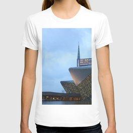 Zaha H A D I D   architect   Guangzhou Opera House T-shirt