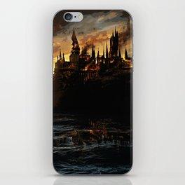 Harry Potter - Hogwart's Burning iPhone Skin