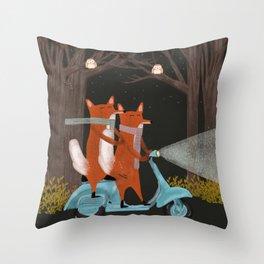 the fox mobile Throw Pillow