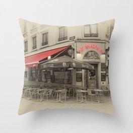Au Brasseur Throw Pillow
