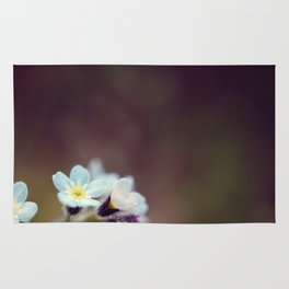 Forget me knot Rug
