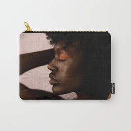 FIGURE // IX Tasche