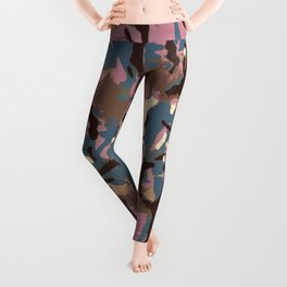 Camo Camo, don't blend in with the crowd! Leggings