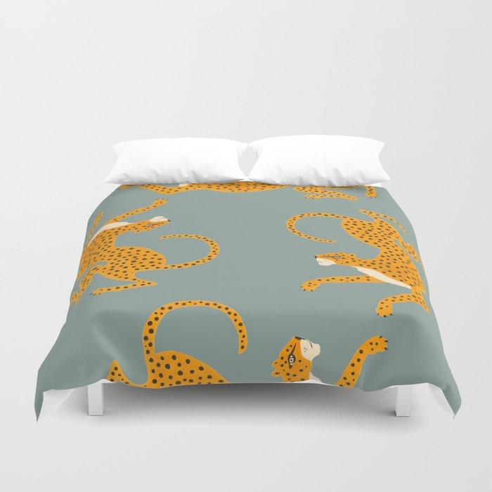 Leopard Race - blue Duvet Cover
