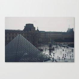l'après-midi au Louvre (6) Canvas Print
