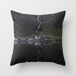 River that vanishes (Fjord) Throw Pillow