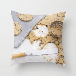 Making cookies Throw Pillow