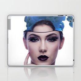 Smoke head woman Laptop & iPad Skin
