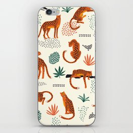 Seamless pattern with leopards iPhone Skin