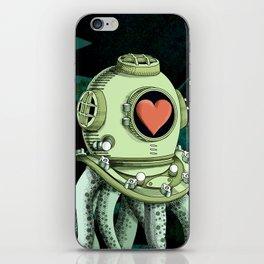 octopus diver in love iPhone Skin