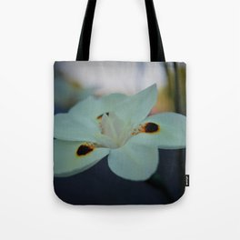 Unknow flower Tote Bag