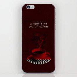 """""""Twin Peaks"""" - A damn fine cup of coffee iPhone Skin"""