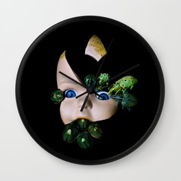 Little Broken Dolly Face - Halloween III Wall Clock