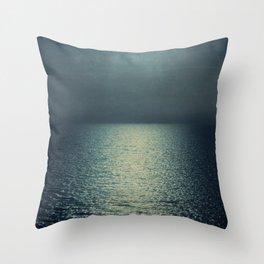 sea - emerald sunset Throw Pillow