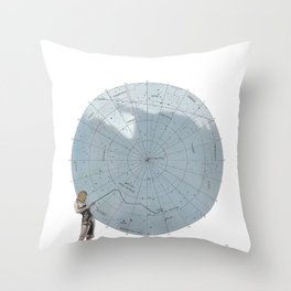 27 Cosa Mayor Throw Pillow
