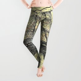 Octopus Attacks Ship on map background Leggings