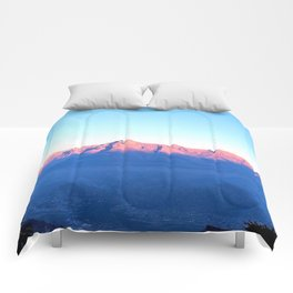 Alps Without Winters Dust Comforters